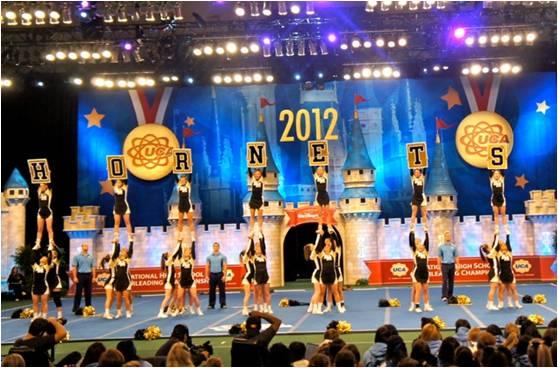 BMCHS_cheerleaders