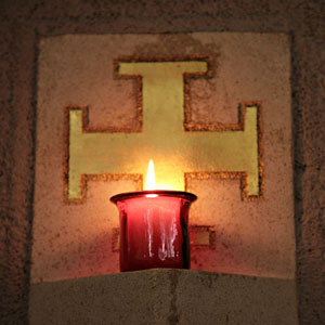 candles-and-cross