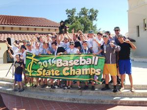 Baseball-champs-welcome-home20140523
