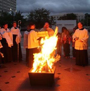 St.-James-Easter-Vigil-fire-20140502