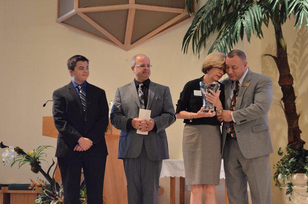 Kathie Walsh receives Jenni Heneghan Catholic School Leadership Award