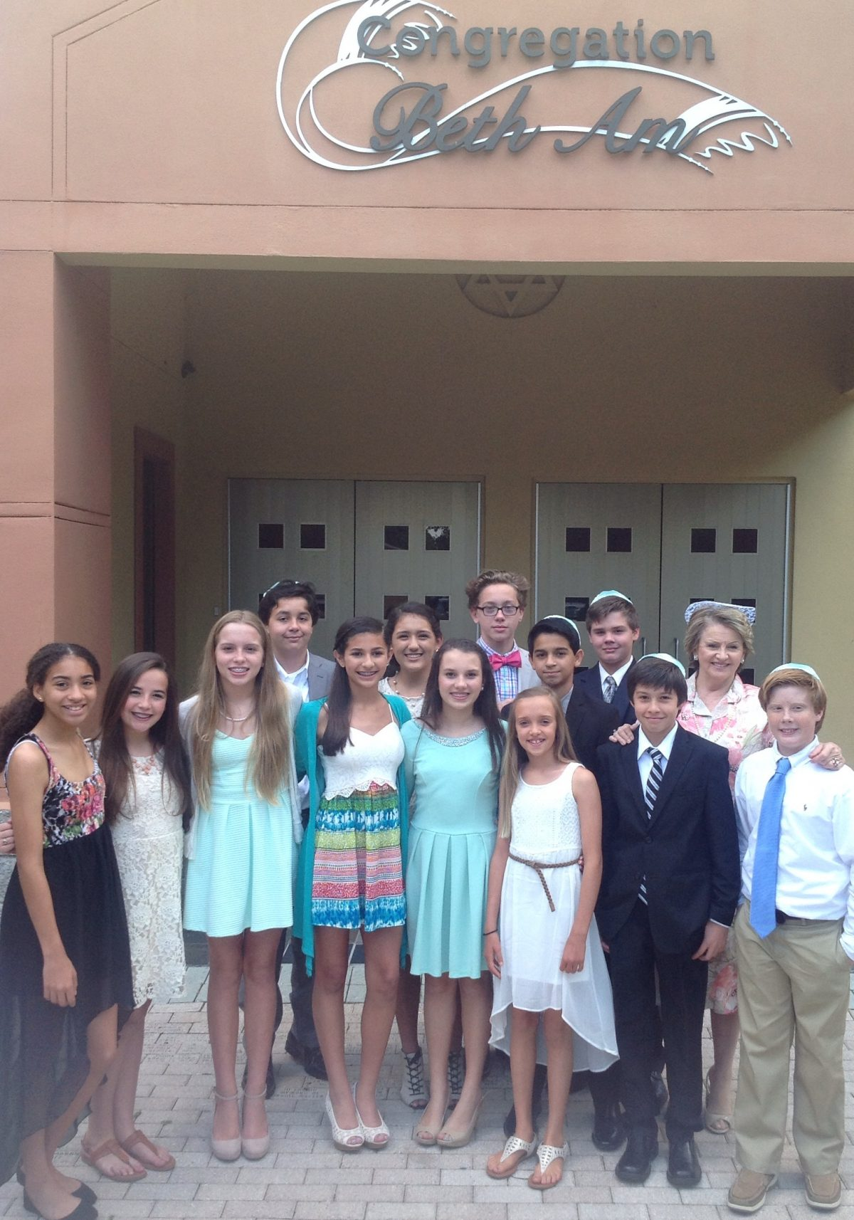 8th Graders Celebrate a Classmate's Bat Mitzvah – Diocese of Orlando