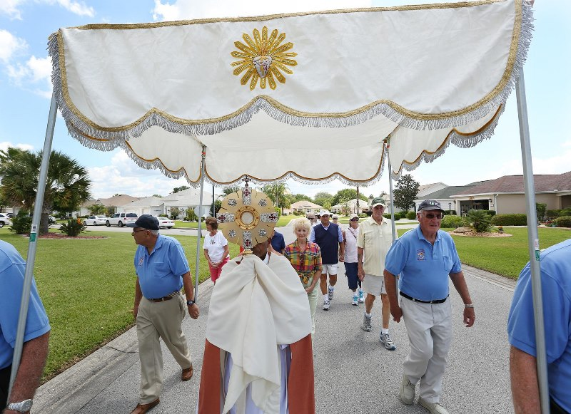 St Timothy Brings Christ in the Eucharist to The Villages